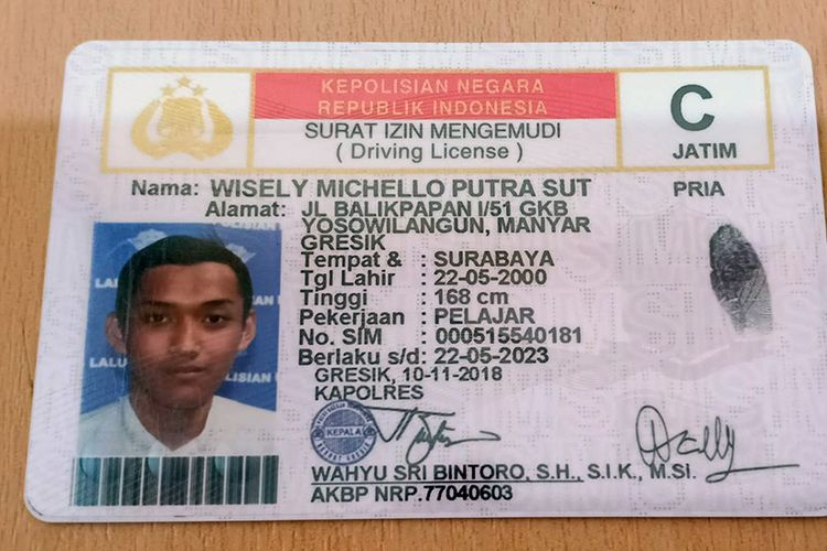 Surat Izin Mengemudi (SIM) C Milik Wisely Michello Putra Sut.