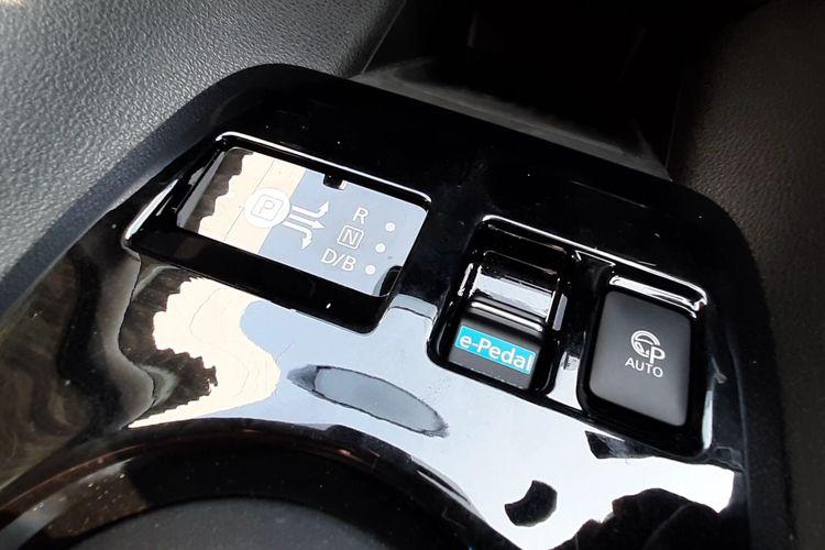 Fitur e-Pedal pada Nissan Leaf