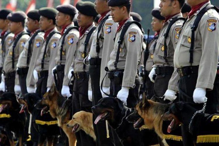 ilustrasi:  Satuan Unit K-9 Satwa Polisi Republik Indonesia mengikuti upacara HUT ke-64 Bhayangkara di Markas Komando Brimob Kelapa Dua, Depok, Jawa Barat.