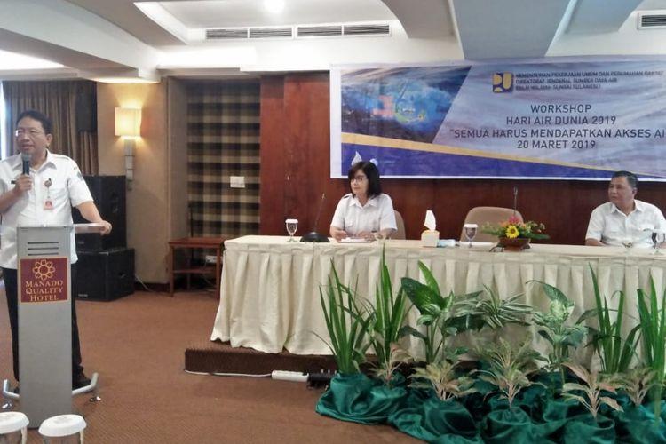 Sekdaprov Sulawesi Utara Edwin Silangen saat membuka Workshop Hari Air Dunia ke-XXVII.