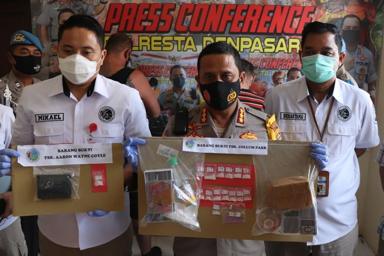 Police in Denpasar, Bali arrest a Briton and an Australia for drugs offences on 1 September