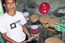 Deden Noy Ternyata Pernah Bikin Drum Cover Lagu Wajib Suporter Timnas