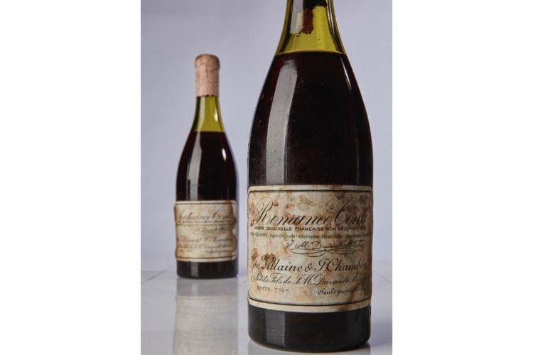 Anggur Perancis Romanee-Conti produksi tahun 1945 yang telah dilelang di rumah lelang Sothebys di New York, Sabtu (13/10/2018).
