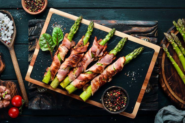 Ilustrasi cara memasak asparagus.