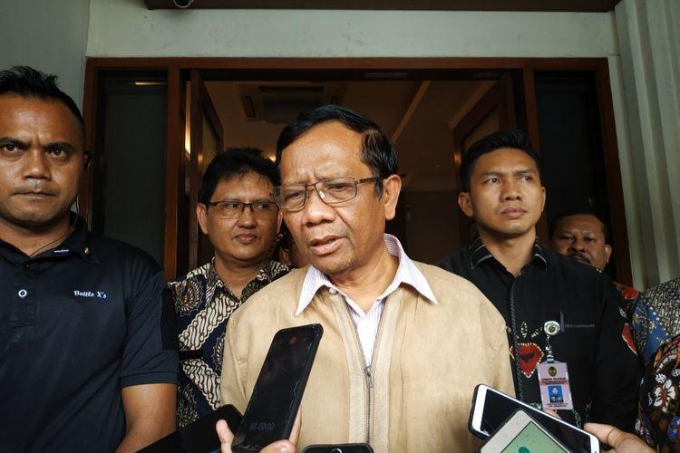 Menko Polhukam Mahfud MD di Kantor Kemenko Polhukam, Jakarta Pusat, Jumat (21/2/2019).