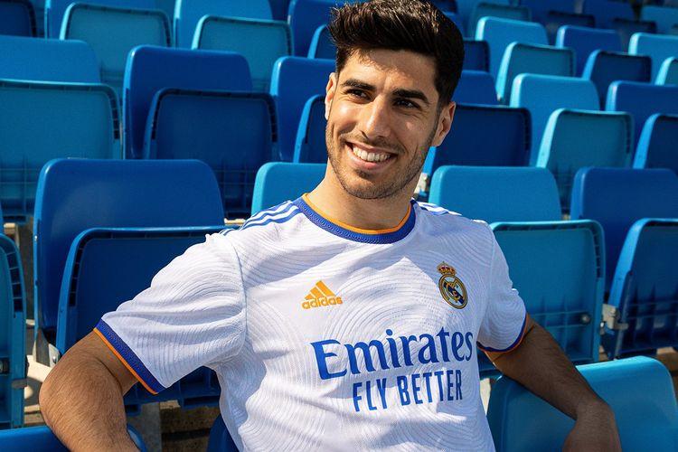 Jersey Kandang Real Madrid 2021/2022