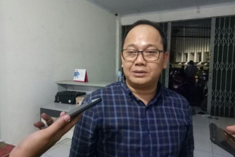 Sekjen DPD Golkar Tangsel Abdul Rasyid mengatakan, saat ini Golkar belum menentukan prihal nama yang akan diusungnya untuk bertarung di Pilkada Tangsel 2020. Hal tersebut dikatakan saat berada di kawasan Serua, Ciputat, Tangerang Selatan, Kamis (6/2/2020).