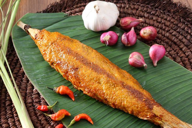Sate Bandeng. kuliner Khas Serang, Banten.