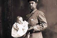 Hari Ini Dalam Sejarah: AS Larang Pengiriman Bayi Lewat Jasa Kantor Pos