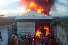 Gudang Baju Sekolah dan Barang Lebaran Terbakar