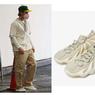 Adidas Yeezy 450 Cloud White Dihujat Warganet, Dipakai Justin Bieber