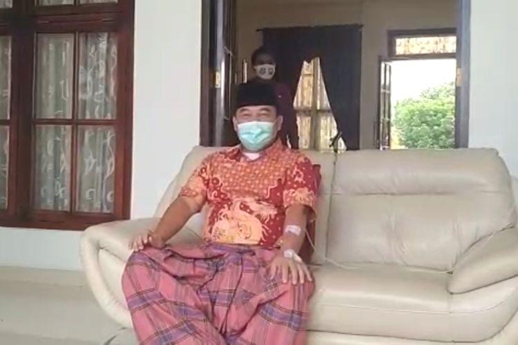 Bupati Ogan Ilir HM Ilyas Panji Alam saat mengumumkan dirinya positif terjangkitnya virus Covid 19 hari Senin (27/7/2020) di rumah dinas bupati Ogan Ilir Sumatera Selatan