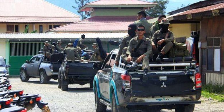 Sejumlah masyarakat Papua khawatir pemekaran wilayah akan berujung pada konflik dengan pihak militer.
