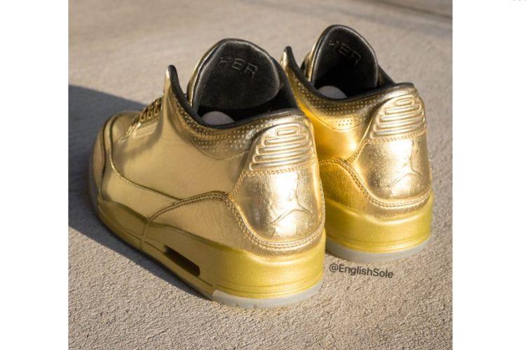 Air Jordan 3 Gold