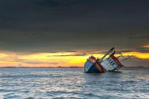 Mati Mesin, KM Sinar Bontang Bermuatan Karet Karam di Perairan Muara Jungkat Kalbar