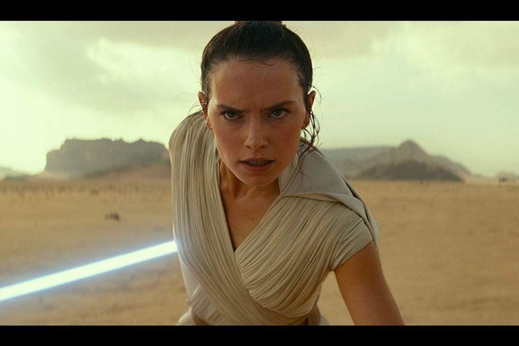 Daisy Ridley sebagai Rey dalam Star Wars: The Rise of Skywalker (2019)