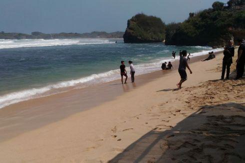 Wisatawan Diimbau Tidak Berlindung di Ceruk Pantai