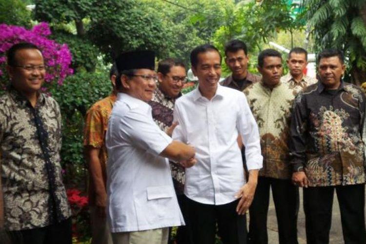 Jokowi dan Prabowo bertemu di Jakarta, Jumat (17/10/2014).