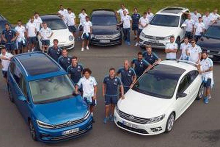 Schalke 04 dan Volkswagen.