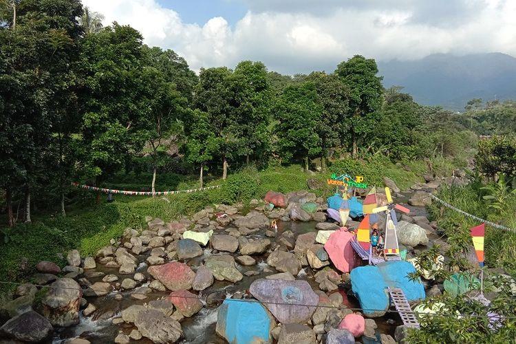 Tempat wisata bernama JP Water Track di Desa Gunung Bunder 2, perbatasan Kecamatan Pamijahan dan Kecamatan Tenjolaya, Kabupaten Bogor, Selasa (25/5/2021).