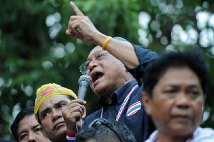 Suthep Thaugsuban, pemimpin oposisi dan pengunjuk rasa anti-pemerintah Thailand,