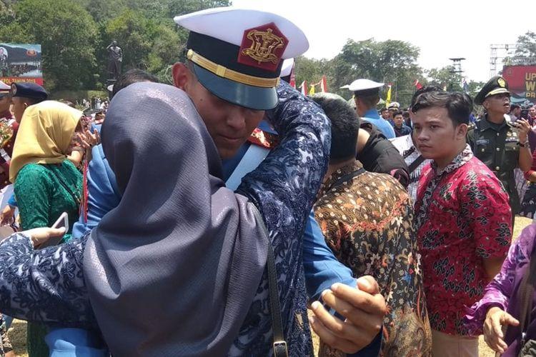 Enzo Z Allie wni keturunan Perancis yang diwisuda setelah menjalani pendidikan sebagai Prajurit Taruna Akademi TNI Magelang, Kamis (31/10/2019)