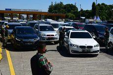 Ingat, Penumpang Mobil Pribadi Juga Dibatasi Selama PPKM Darurat