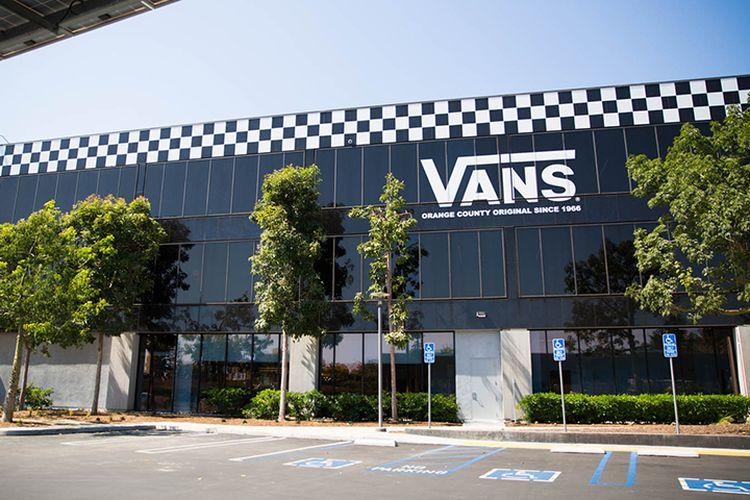 Markas besar Vans di Costa Mesa, Orange County, California.