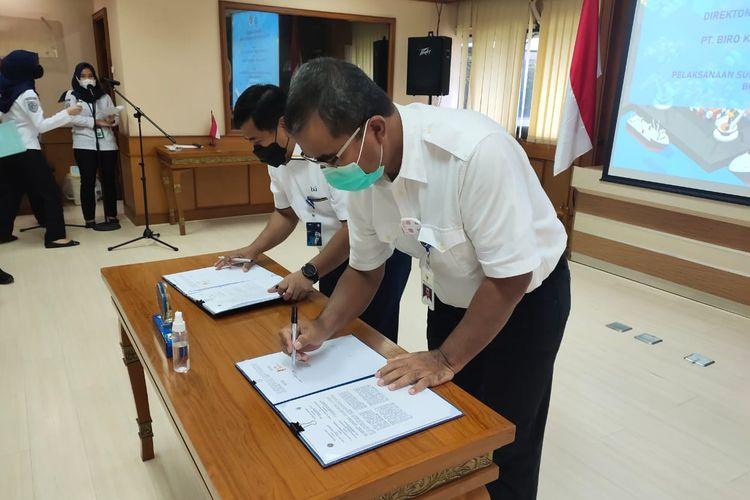 Penandatanganan kerja sama oleh Direktur Jenderal Perhubungan Laut R Agus H. Purnomo dan Direktur Utama PT. Biro Klasifikasi Indonesia (Persero) Rudiyanto.