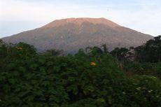 Pendaki Jatuh ke Kawah Gunung Marapi Sumbar, Ini 8 Tips Aman Mendaki