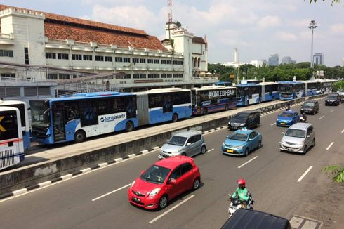 Mungkinkan Petugas Transjakarta Diangkat Jadi Karyawan Tetap?