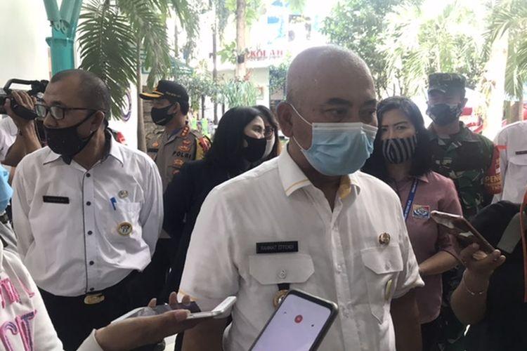 Wali Kota Bekasi saat tinjau persiapan pencegahan Covid-19 di Sekolah Victory, Kemang Pratama, Bekasi Timur, Selasa (7/7/2020).