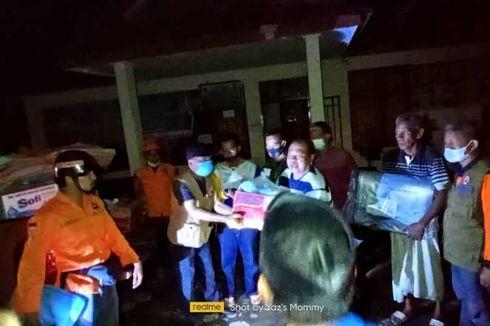 Angin Kencang di Pinrang, Atap Rumah Warga yang Rusak Ditutup Tenda
