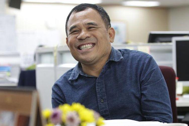 Sutradara Garin Nugroho, saat diwawancara di newsroom Harian Kompas, Gedung Kompas Gramedia, Jakarta Pusat, Rabu (20/1/2016).