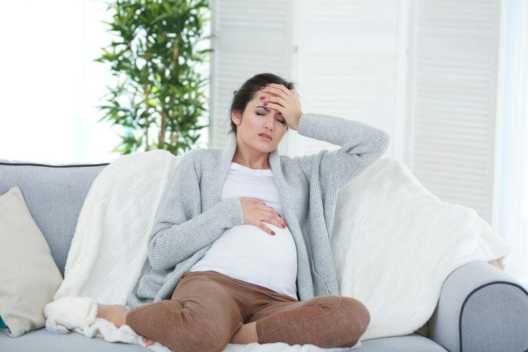 ilustrasi sakit kepala saat hamil