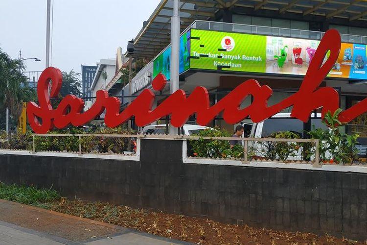Plang ikonik Sarinah yang telah diperbaiki pascakerusuhan 22 Mei 2019 silam.