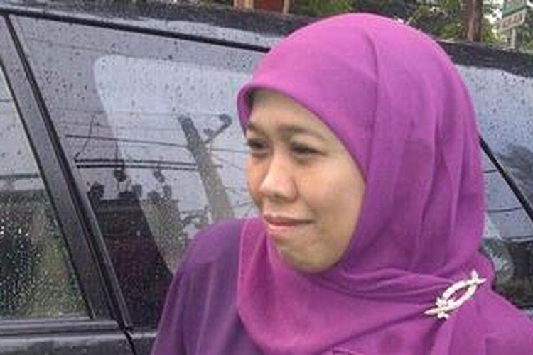 Khofifah Indar Parawansyah, usai menghadiri acara silaturrahim bersama ribuan anggota Muslimat NU di Malang.Jumat (24/5/2013).