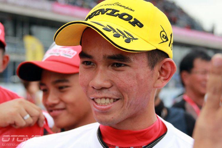 Pebalap Astra Honda Racing Team (AHRT) Gerry Salim meraih gelar juara umum di Asia Road Racing Championship (ARRC) 2017 kelas Asia Production (AP) 250.