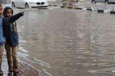 Hujan Deras dan Banjir Landa UEA dan Arab Saudi