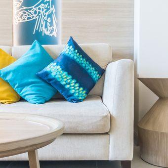 Ilustrasi bantal sofa.
