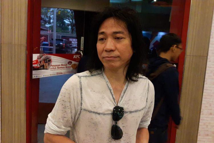 Abdee Slank menghadiri peluncuran CD album Asian Games: Energy Of Asia di kawasan Kemang Raya, Jakarta Selatan, Kamis (20/7/2018).