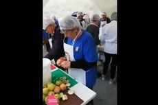 Warga Kampung Pecahkan Rekor Dunia, Bikin Salad Buah Seberat 10,3 Ton