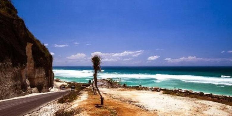 Pantai Pandawa di Kecamatan Kuta Selatan, Kabupaten Badung, Bali.