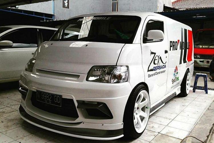 Gran Max Chop Top Kreasi Promobile Malang