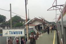 Keberangkatan KRL Rute Bekasi Ditambah Lagi Setelah Perubahan Jadwal Bikin Penumpang Menumpuk di Stasiun