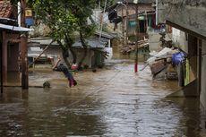 Banjir Setinggi 2 Meter, 1.000-an Warga Bidara Cina Mengungsi