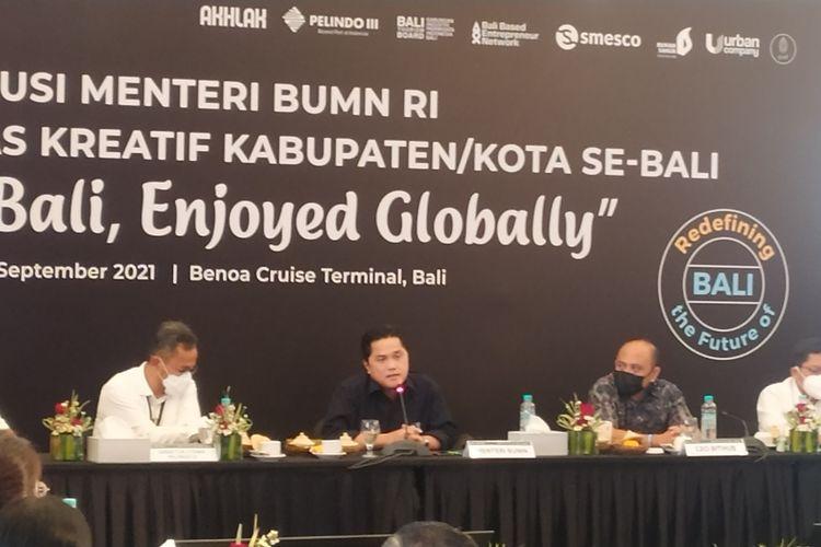 Menteri BUMN Erick Thohir dalam diskusi bersama Komunitas Kreatif se Bali di Terminal Pelindo III Pelabuhan Benoa, Senin (20/9/2021).