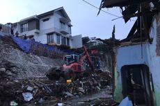 Takut Roboh, Sejumlah Warga Minta Rumah di Melati Residence Dekat Turap Longsor Segera Dibongkar