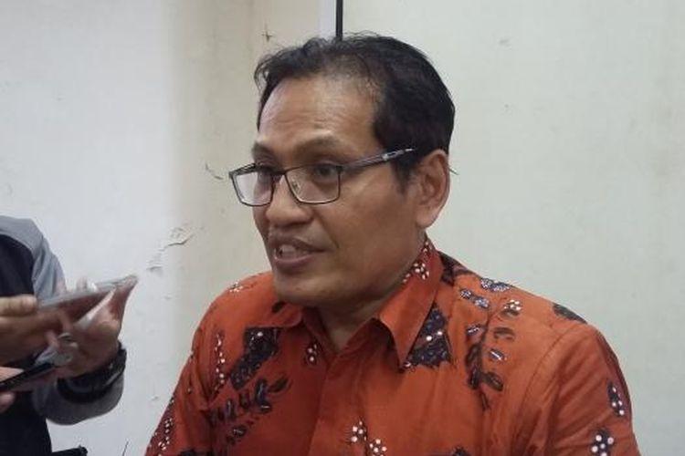 Pendiri Jaringan Islam Liberal Ulil Abshar Abdalla, seusai menjadi narasumber dalam diskusi di Gedung LBH Jakarta, Selasa (1/12/2015).