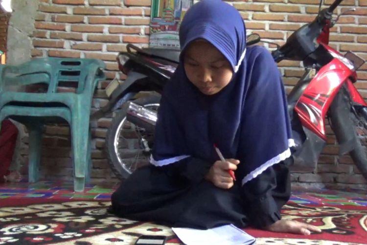 Nur Ralda Mahasiswa China di Pinrang Butuh Laptop dan Jaringan Internet
